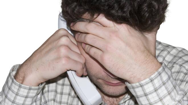 DrammaUmano_Disperazione-Telefono.jpg