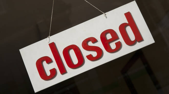 Closed2.jpg