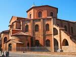 La splendida Basilica di San Vitale, teatro del Festival d'organo