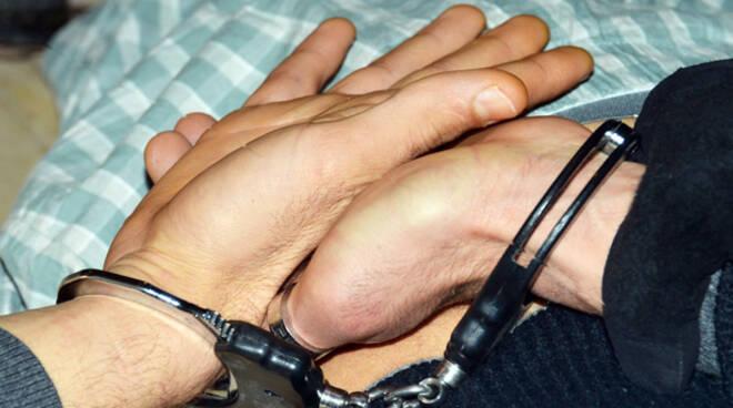 Un latitante campano è tornato in manette dopo essere evaso in ottobre dai domiciliari (foto Migliorini)