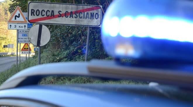 Una pattuglia della Polizia Stradale in servizio a Rocca San Casciano (foto Blaco)