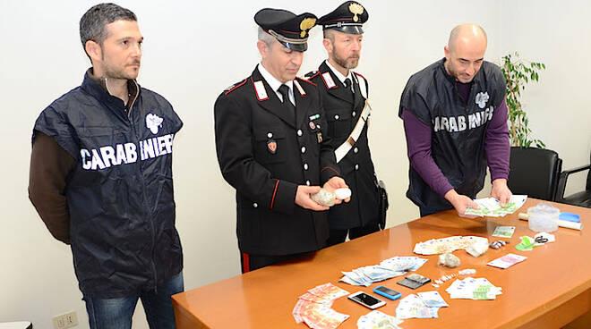 La conferenza stampa dei carabinieri di Meldola dopo l'arresto del pusher marocchino - foto di fabio Blaco