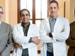 Da sinistra: il prof. Massimo Busin, i due chirurghi israeliani e il dottor Luca Zambianchi