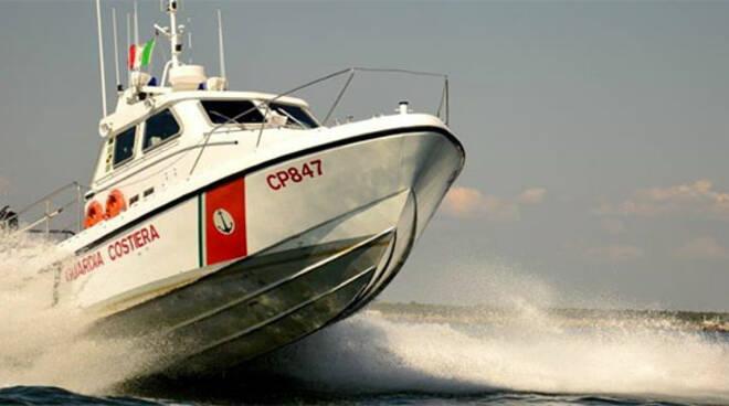 La motovedetta Cp 847 è stata la prima a raggiungere i diportisti