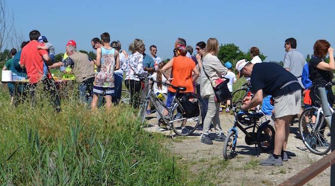 I partecipanti alla pedalata