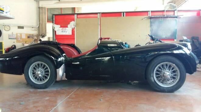 IMCDb.org: 1958 Triumph TR3A in La dolce vita, 1960