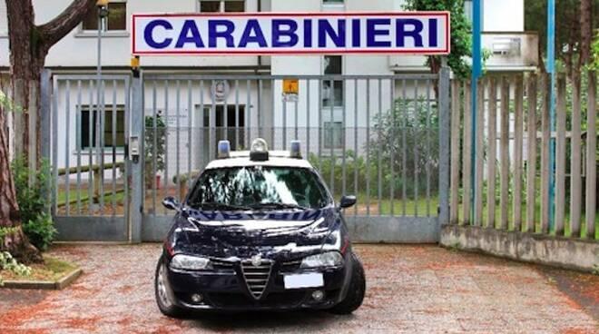 L'ingresso del comando dei carabinieri di Cervia