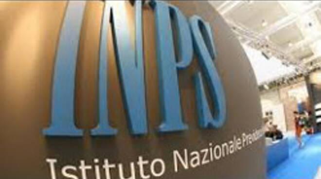 Truffa all'Inps e all'Asl Napoli1
