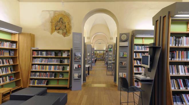 L'interno della Biblioteca Classense