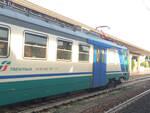 Un treno locale alla stazione di Ravenna (foto d'archivio)