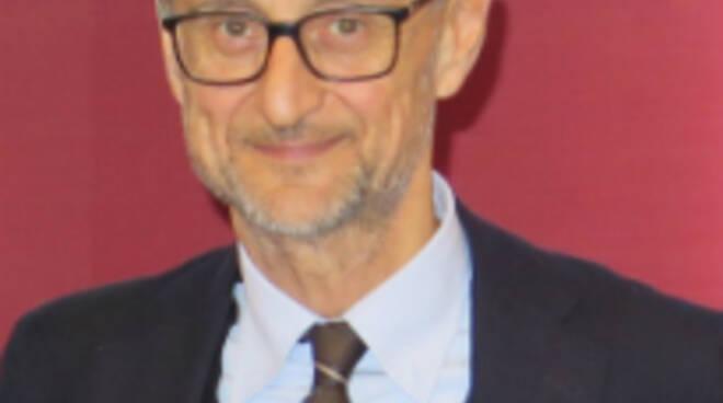 Il professor Giuseppe Savioli