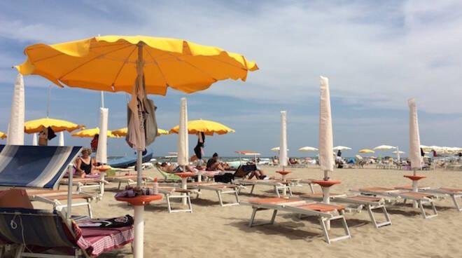 Uno scorcio di spiaggia (foto di repertorio)