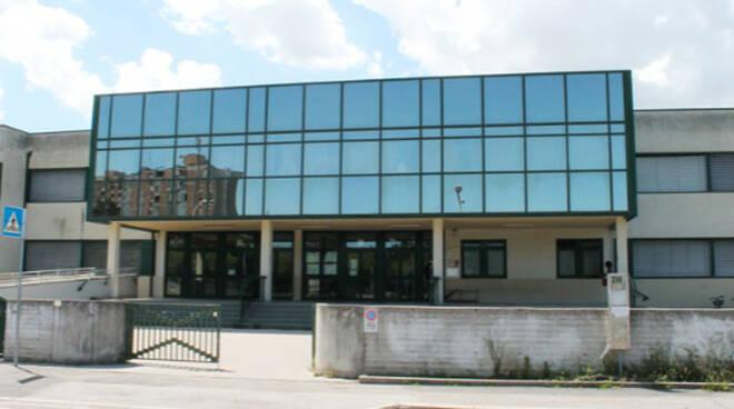 La scuola media Ricci Muratori