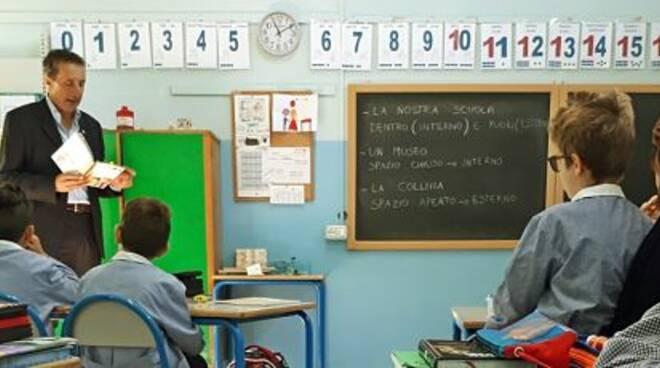 Libriamoci A Scuola Letture Nelle Scuole Primarie Di Massa Lombarda E Di Fruges Ravennanotizie It