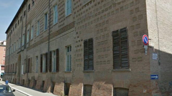 Il palazzo sede dell'Isia di Faenza