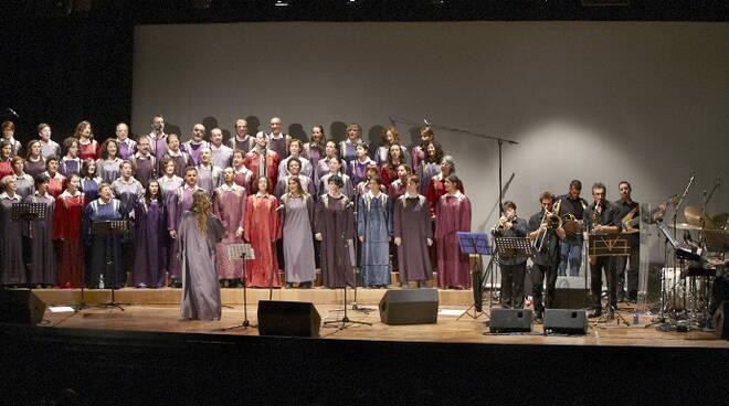 Il coro Gospel Voices of Joy