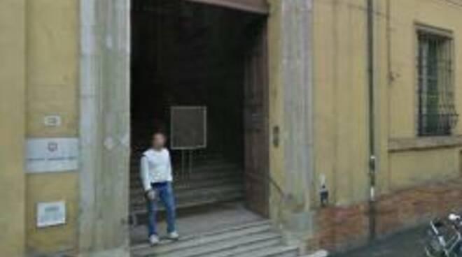 L'ingresso della Biblioteca Saffi
