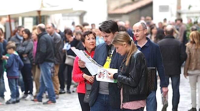 Turisti in città, foto di repertorio