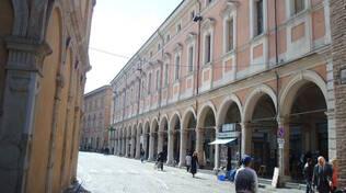 Una vista di Palazzo Oir (Foto di Nerijp licenza Creative Commons 3.0)