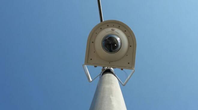 In foto una delle tre telecamere installate