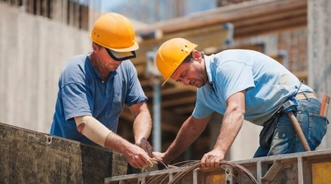 Segnali positivi arrivano dal settore costruzioni: domanda, volume d'affari e occupazione sono in ripresa (foto di repertorio)