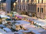 Piazza del Popolo a Cesena, sede del mercato cittadino (foto d'archivio)