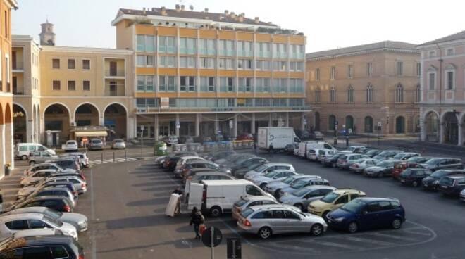 Piazza della Libertà a Cesena (immagine d'archivio)