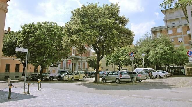 Piazza Savonarola oggi