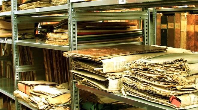 Parte dell'archivio storico del Comune di Lugo