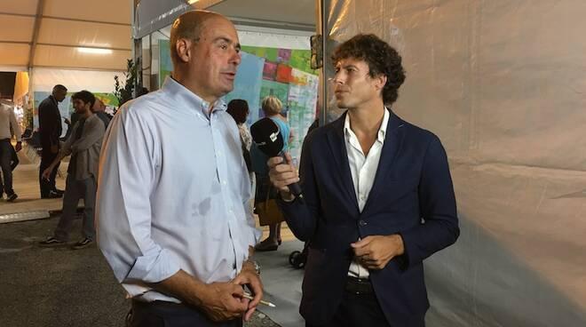 Nicola Zingaretti intervistato alla fine del suo incontro alla Festa dell'Unità