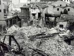 In questa foto d'epoca il centro di Forlì dopo un bombardamento durante la Seconda Guerra Mondiale