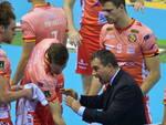 Coach Graziosi cerca di caricare la squadra