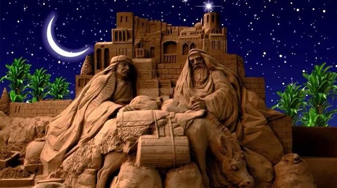 Foto di un presepe di sabbia riminese tratta da www.promozionealberghiera.it