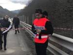 I carabinieri nei pressi del viadotto Puleto lungo la E45