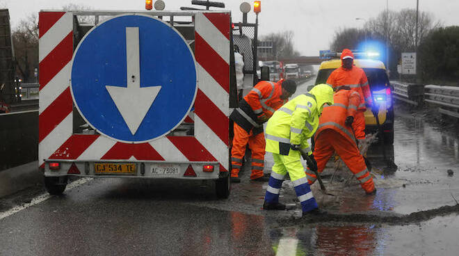 Poco meno di 11 milioni di euro alle province romagnole per manutenzione di strade e scuole (foto d'archivio)
