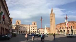 Una veduta del centro storico di Forlì (foto d'archivio)
