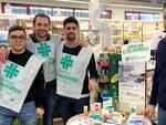 Volontari Round Table 11 alla farmacia comunale n. 8 di via Fiume Abbandonato