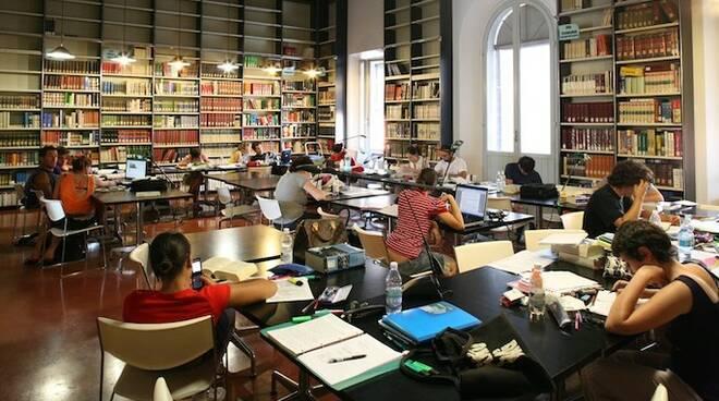 Continua l'appuntamento con le letture all'interno della Biblioteca Trisi