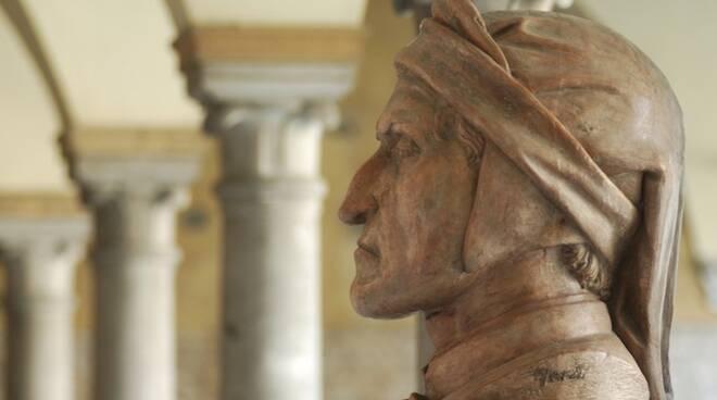 Il busto di Dante presente al Museo Dantesco di Ravenna