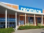Negozio Decathlon al centro commerciale Le Maioliche