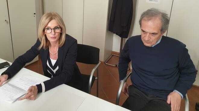 Paola Casara e Gian Luca Zattini durante la conferenza stampa