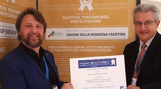 Andrea Luccaroni e Fabio Anconelli ricevono il premio