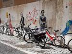 I personaggi storici dipinti in bicicletta di Ravenna