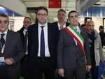 Il sottosegretario Giancarlo Giorgetti durante la sua visita all'Omc