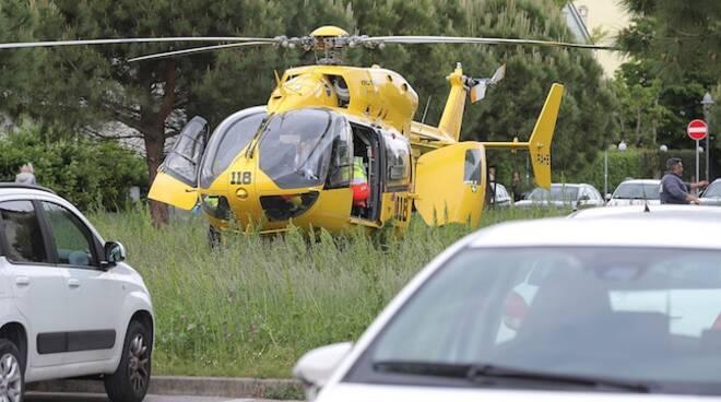 Un'immagine dei soccorsi sul luogo dell'incidente