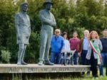 Un momento della cerimonia al Monumento alle Mondine e agli Scariolanti