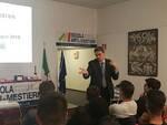 Un momento della lezione di domotica con Renato Frongillo