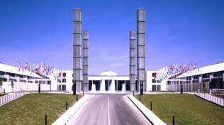 Una veduta esterna della Fiera di Rimini (foto d'archivio)