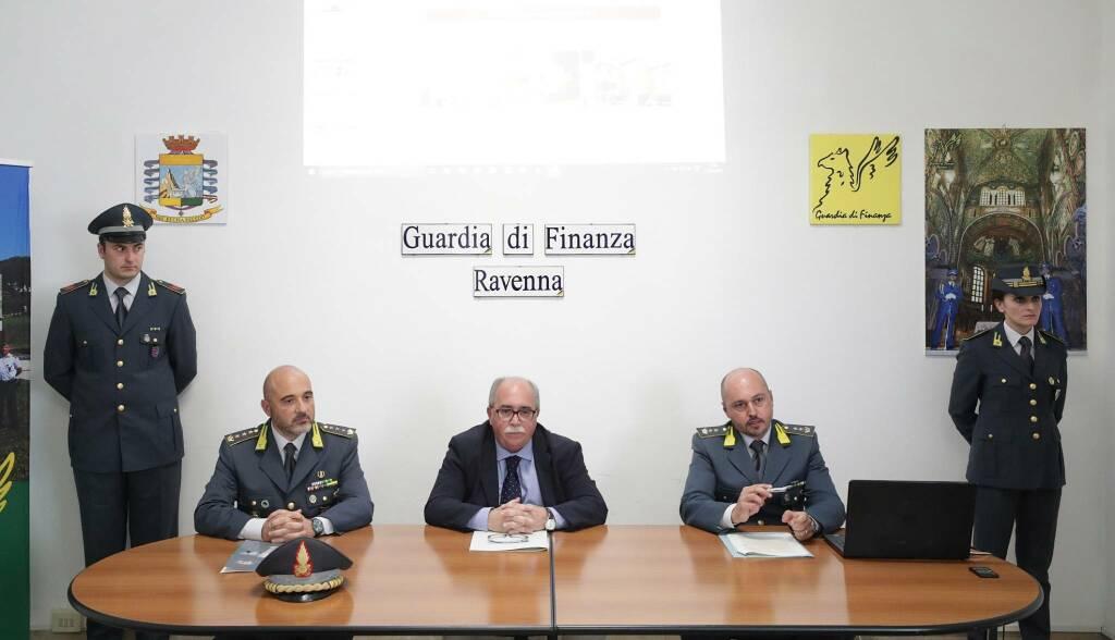 GuardiadiFinanza_OperazioneRavennaTicket_NovamusaLuglio2019_ConferenzaStampa2