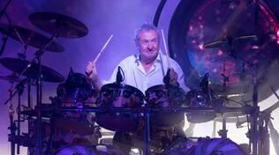 Nick Mason e la sua band infiammano il Pala De André di Ravenna, nel nome dei primi Pink Floyd